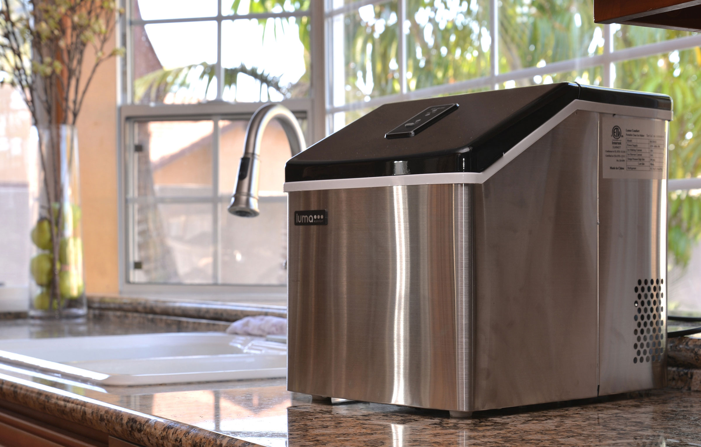 LUMA COMFORT IM200SS Portable Clear Ice Maker